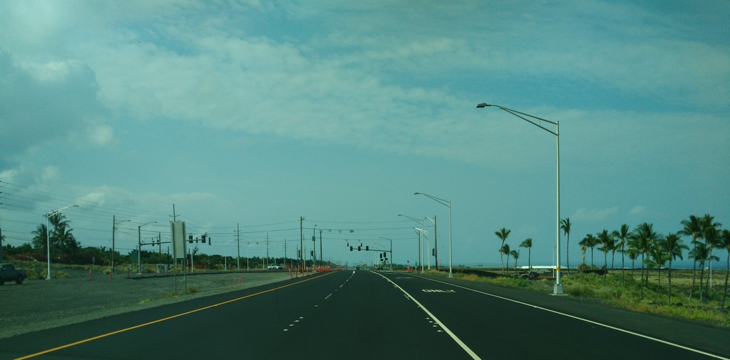 Queen Kaahumanu Highway - Southbound Final Striping I45